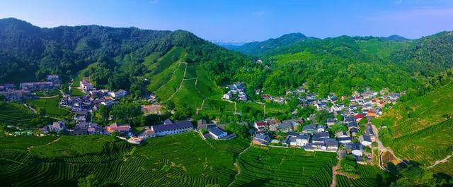 农村变景区 农民忙创业 浙江乡村追求美丽不停步